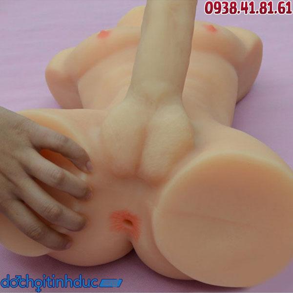 Dương vật của búp bê tình dục thỏa mãn mọi cô nàng dâm đãng